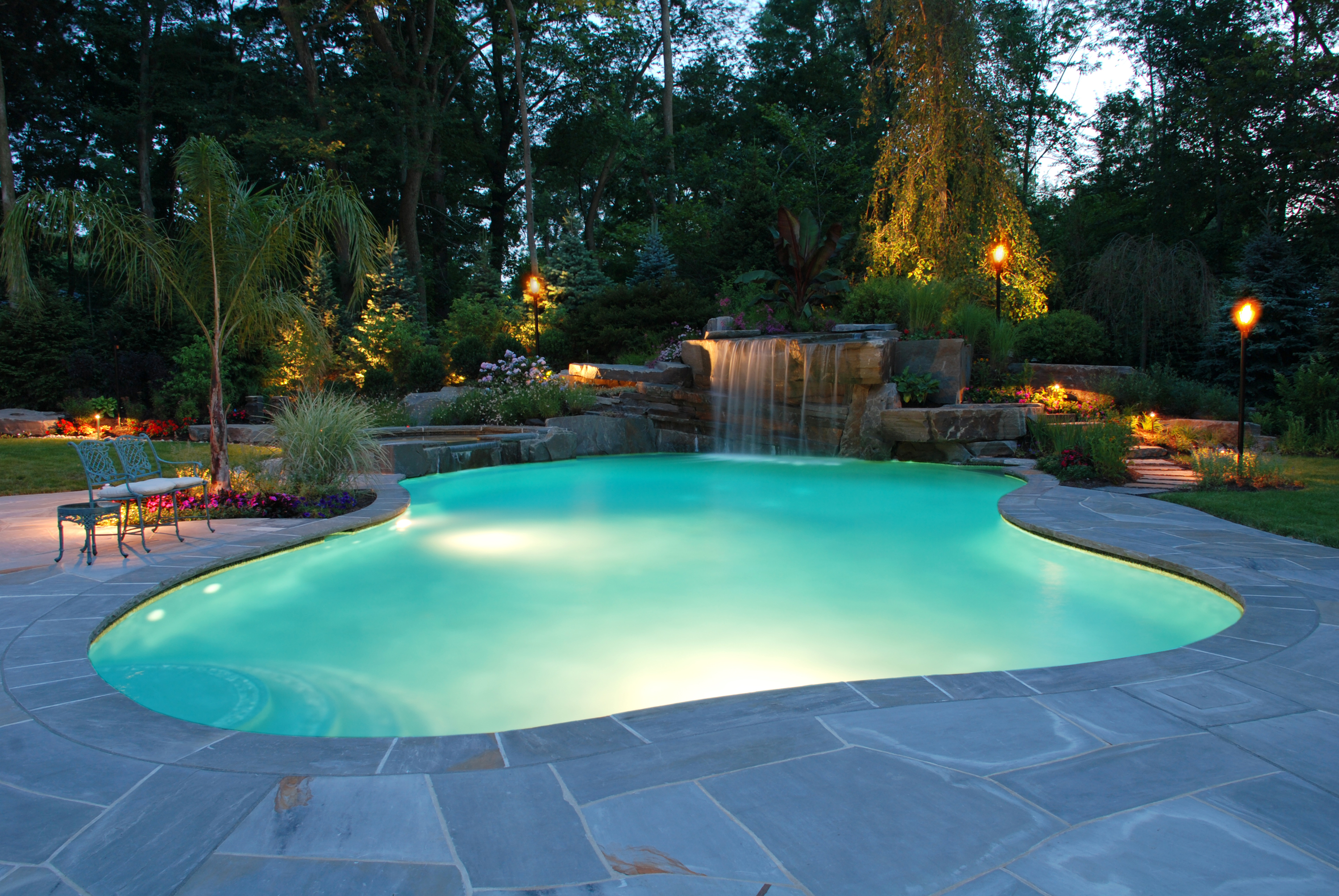 Sonseeker pool masonry construction for Pictures of a pool